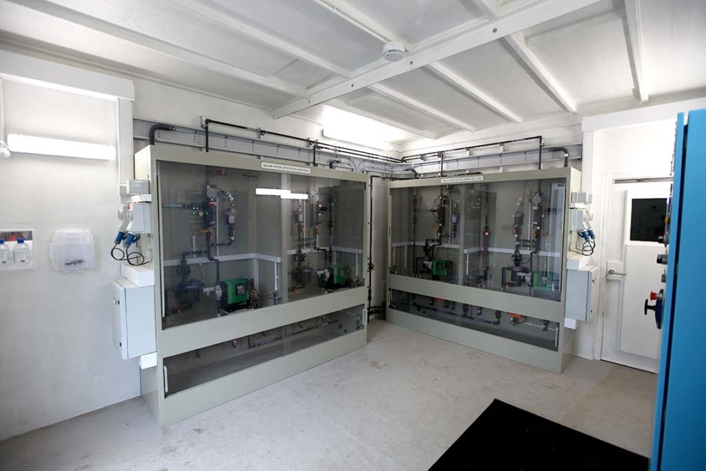 Self contained disinfection build interior